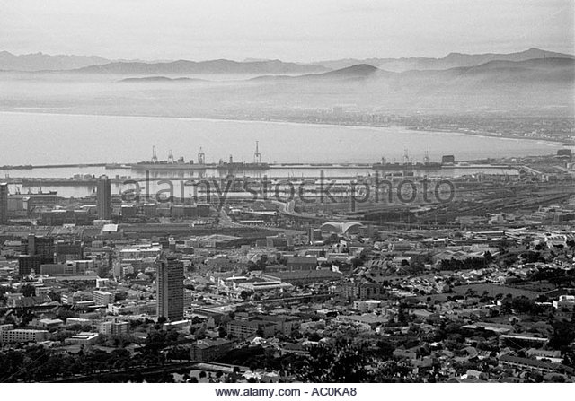 Table Bay Black and White Stock Photos & Images.