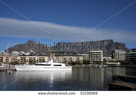 Table Bay Stock Photos, Images, & Pictures.