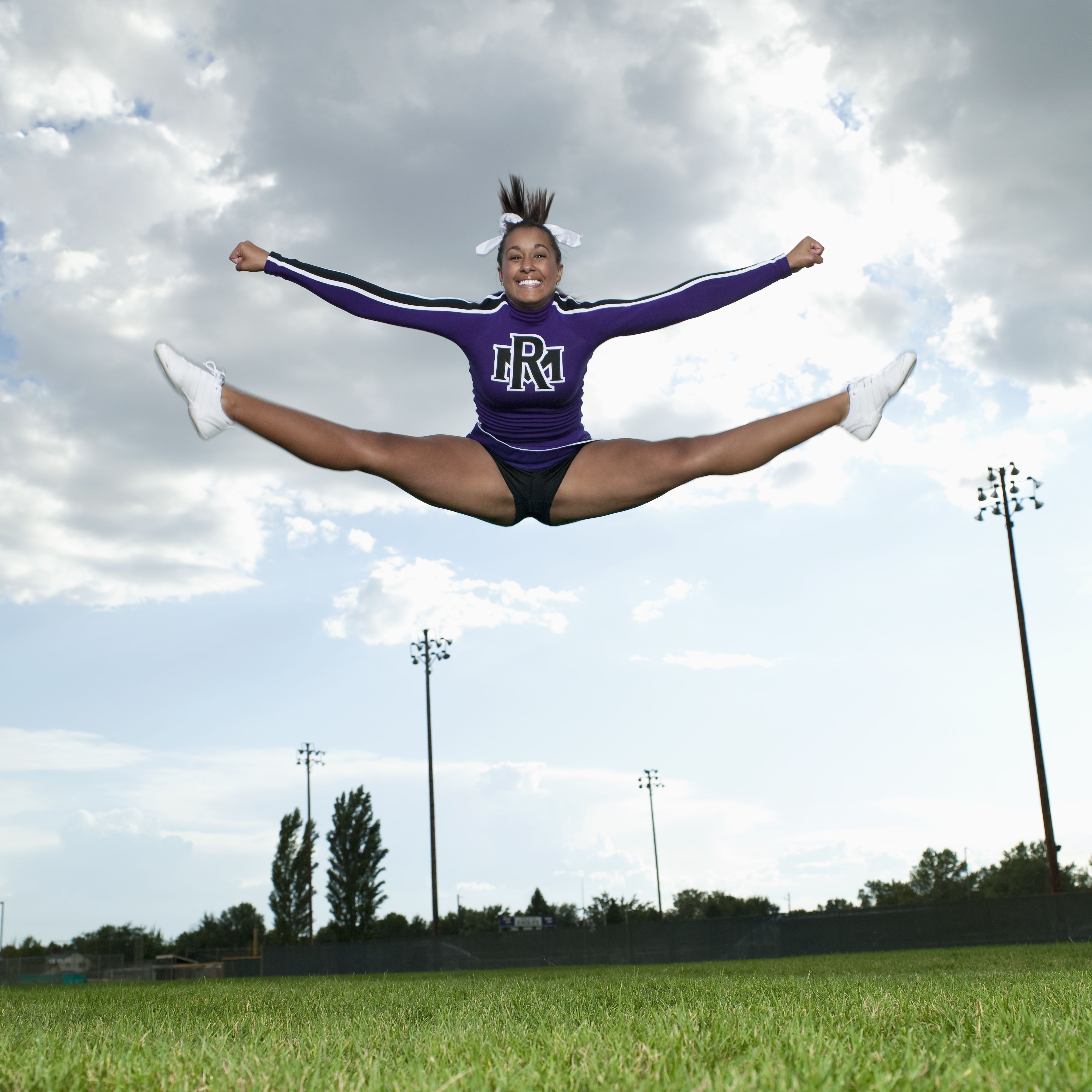 How Cheerleaders Can Perfect Their Toe Touches.
