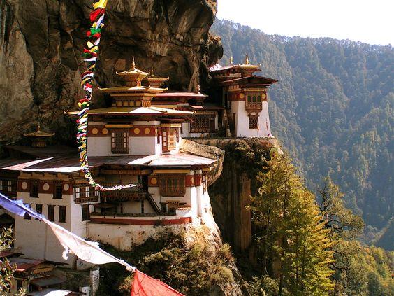 One day..Paro Taktsang (Taktsang Palphug Monastery / Tiger's Nest.