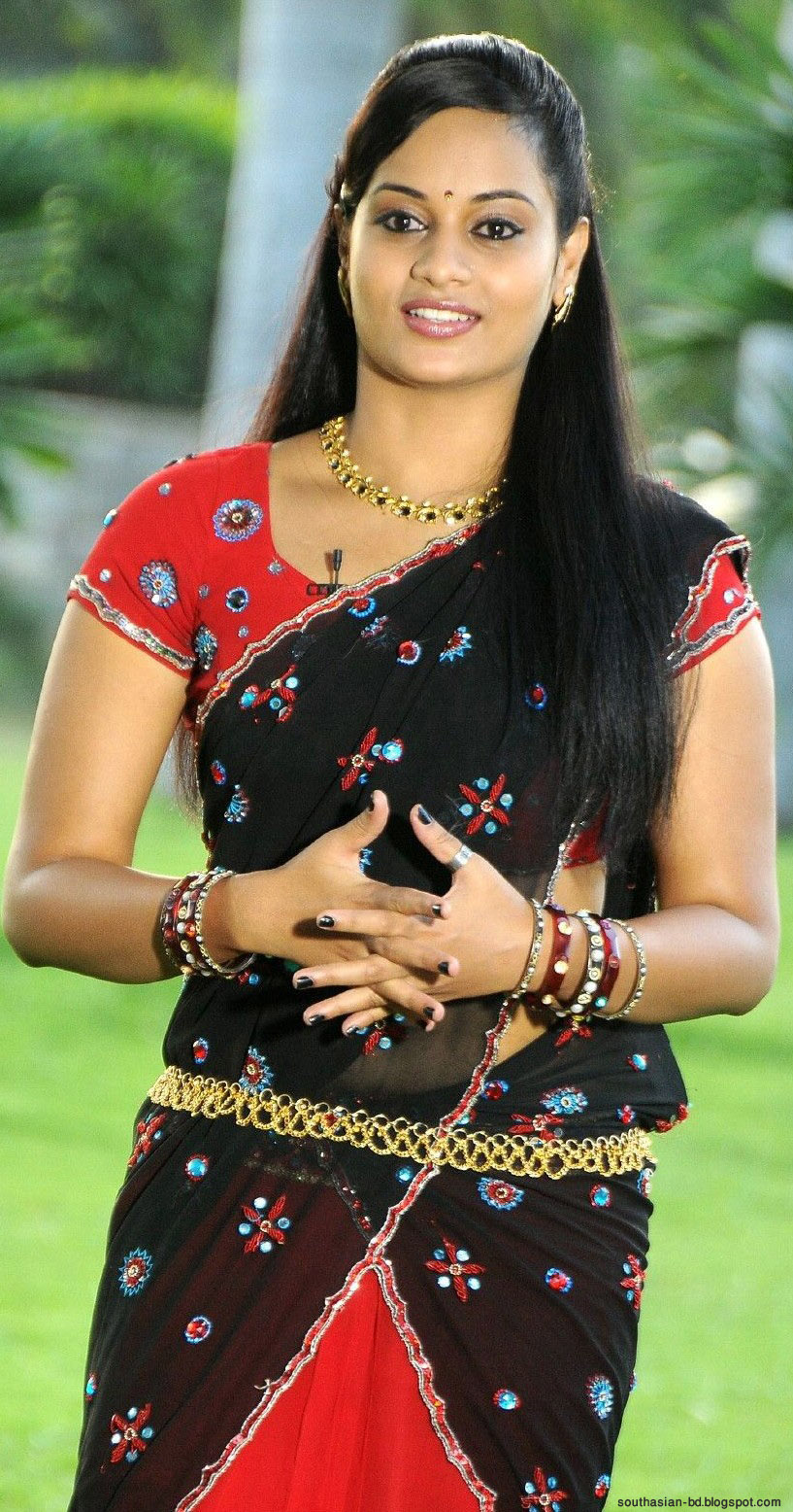 Cute Tamil Actress Wallpapers.
