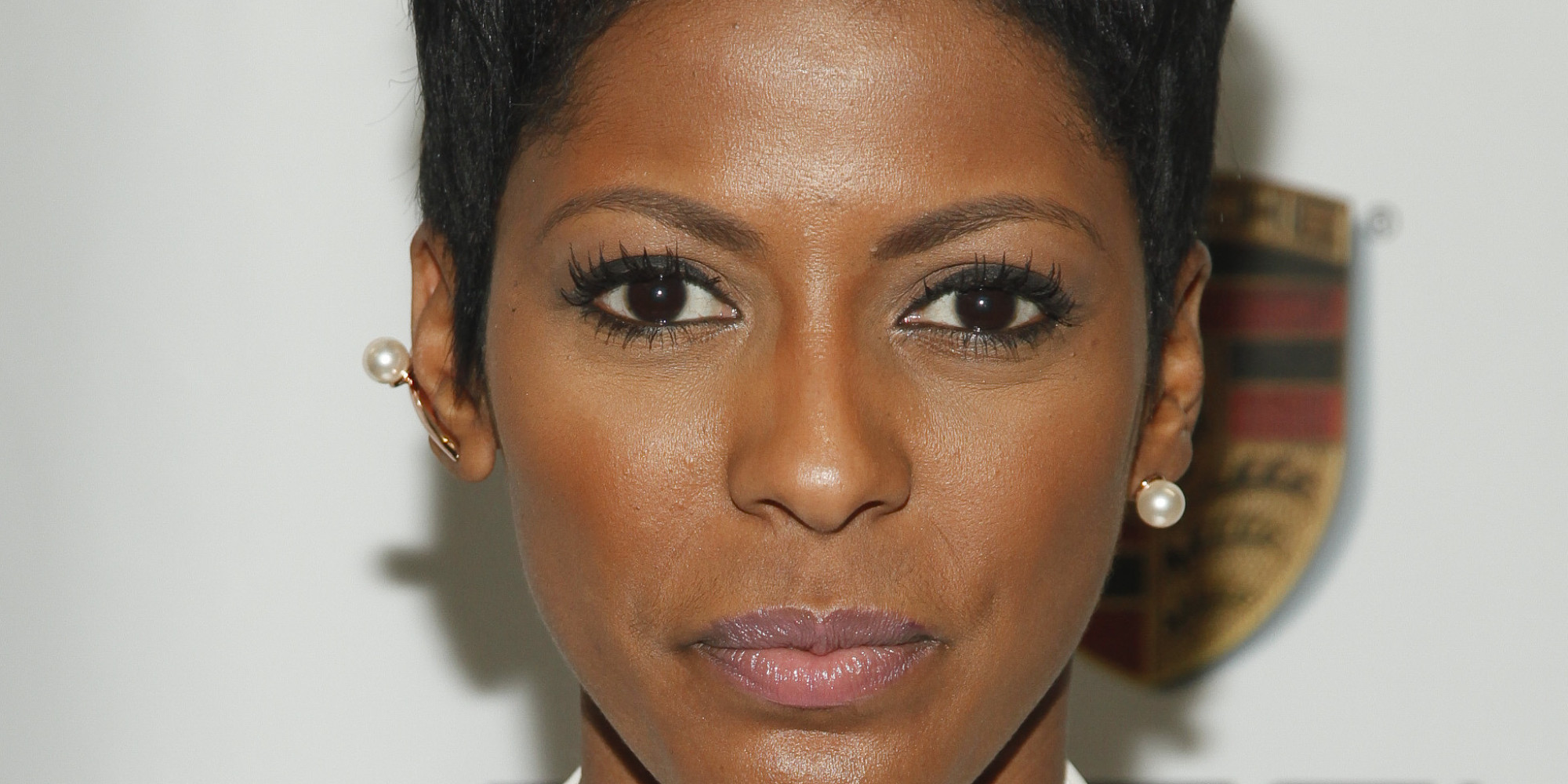 Why Tamron Hall Isn't Ready To Cover Her Sister's Death On.