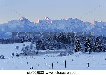 Stock Photography of Germany, Bavaria, View of Tannheim mountain.