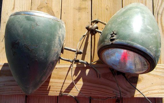 Vintage 1930\'s Teardrop Headlights.