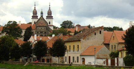 Finding Jewish Life in Eastern Europe.