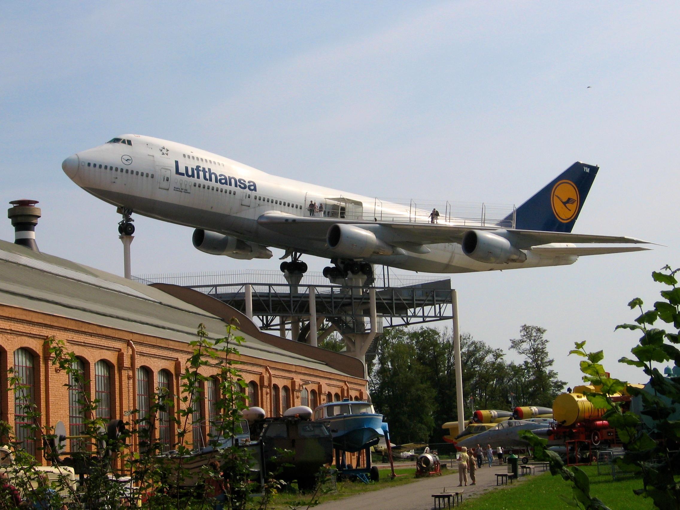 波音747.