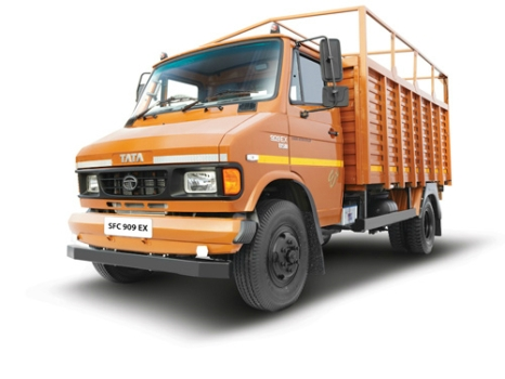 Tempo Hire in Mumbai at Lowest Price.