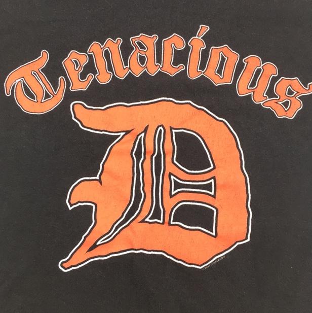 2004 tenacious d logo band t.
