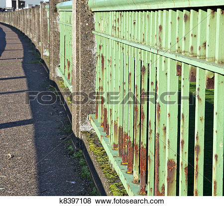 Pictures of Green steel bridge railing k8397108.