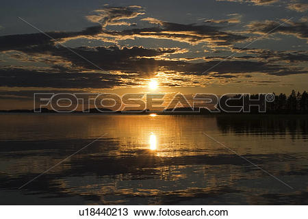 Stock Photo of Clouds, Horizon, Dusk, Dawn, Amber u18440213.
