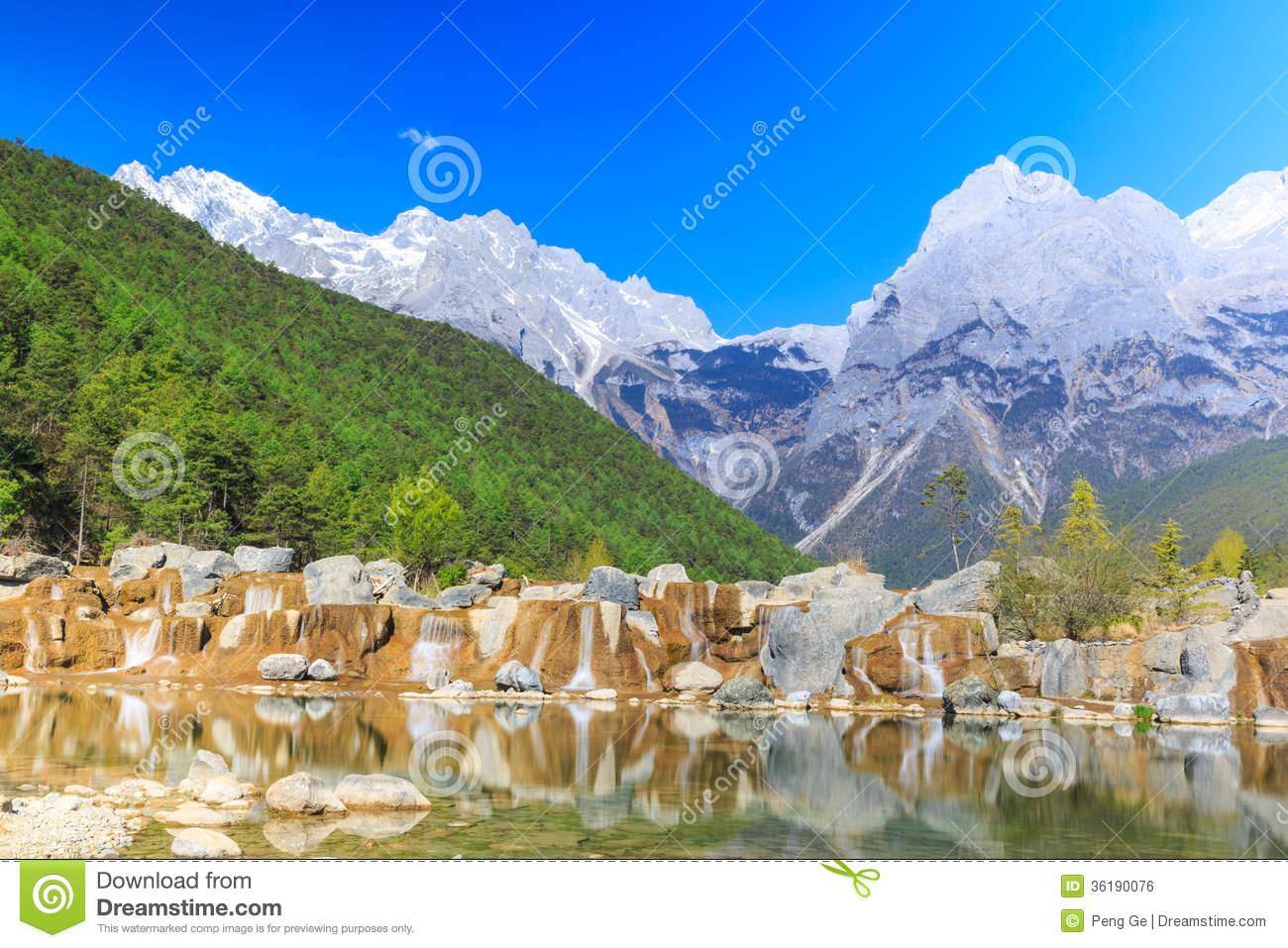 Lijiang: Jade Dragon Snow Mountain Royalty Free Stock Photography.
