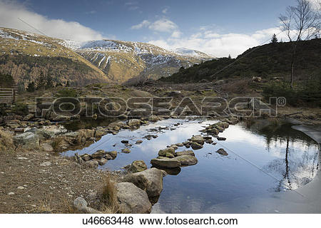 Pictures of England, Cumbria, Lake District. A view across Harrop.