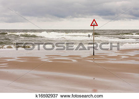 Picture of danger label at the North Sea k16592937.