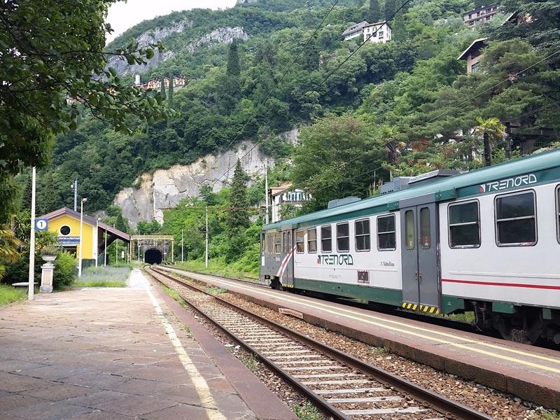 Train stations around Lake Como.