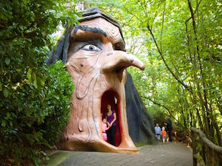 Fun things to do with kids in Oregon on FamilyDaysOut.com.