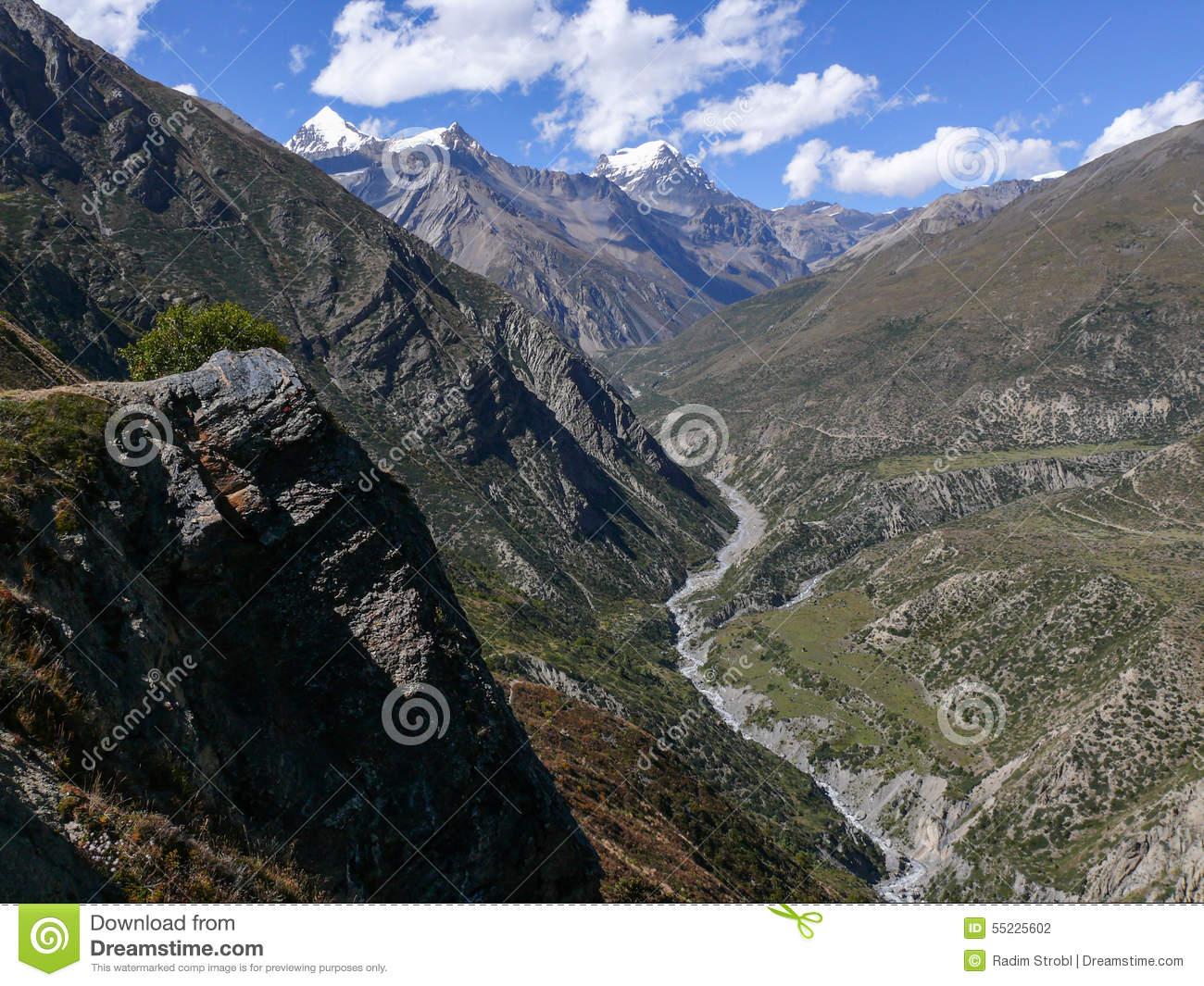 View To Thorong La Pass, Ranipauwa, Nepal Stock Photo.