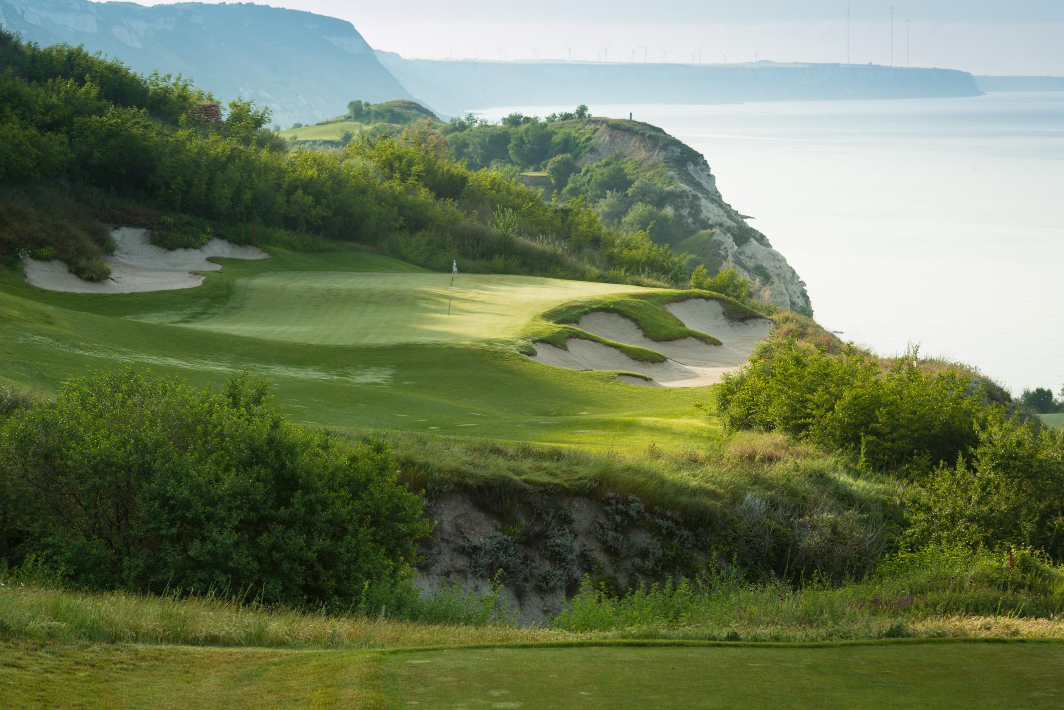 Thracian Cliffs Golf & Beach Resort joins IMG Prestige.