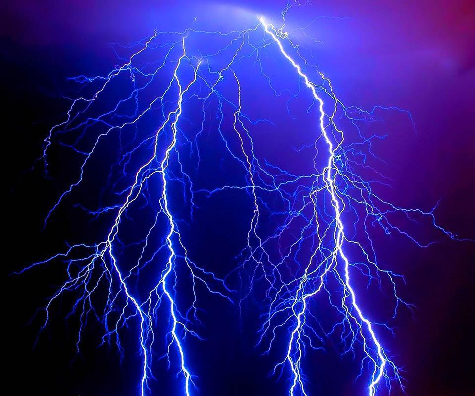 Thunder Lightning.