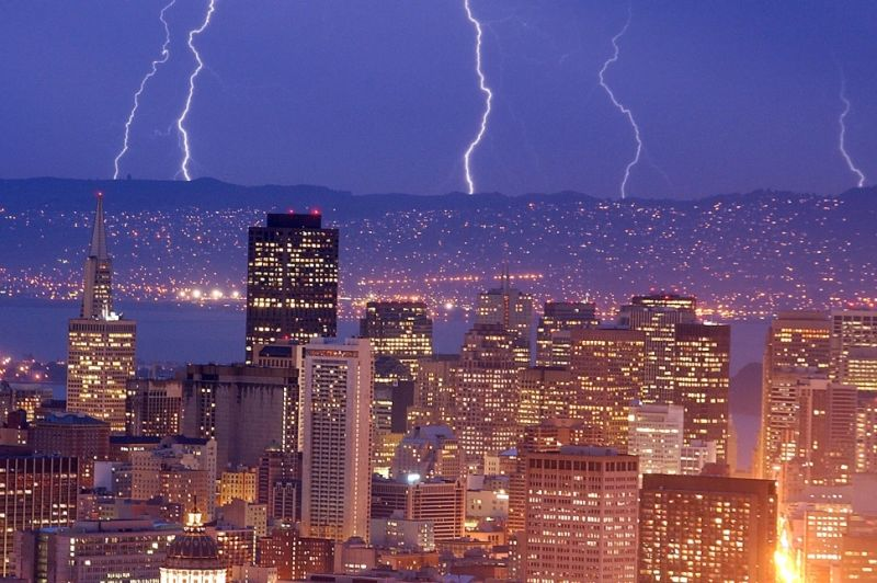 Why Doesn't the West Coast See Thunderstorms?.