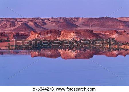 Stock Photo of Lac Yoa in Qunianga Kebir, Tibesti Ennedi, Chad.