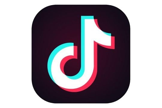 Tik Tok png discovered by aestheticnic0le on We Heart It.