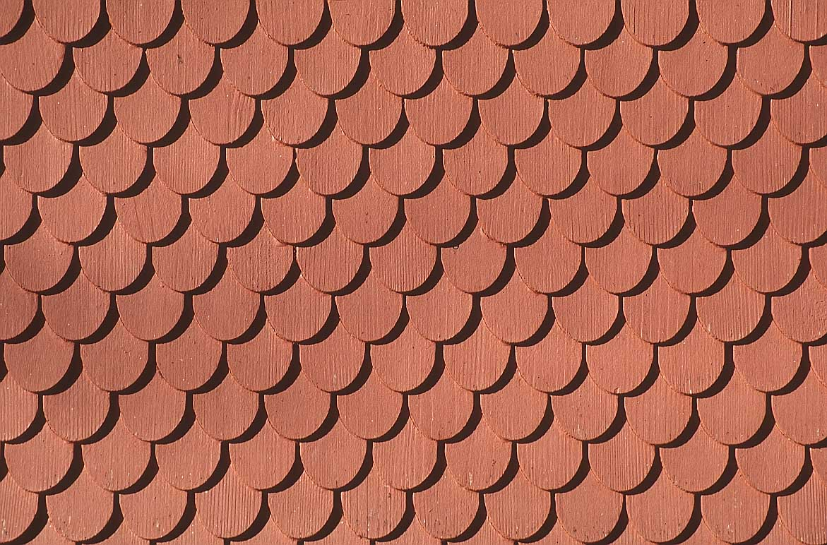 Tiled roof clipart.