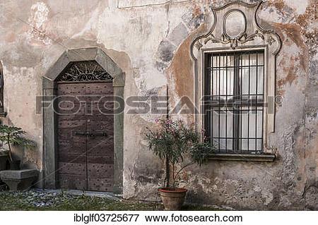 """Picture of """"Portal and window, Palazzo Merizzi, Tirano, Sondrio."""