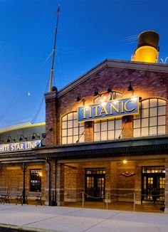 19 Best Titanic Pigeon Forge images.