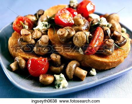 Pictures of Mushroom Toast, mushrooms on toast, tomato, tomatoes.