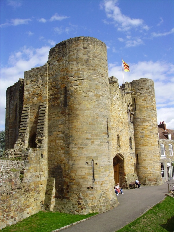 1000+ ideas about Motte And Bailey Castle on Pinterest.