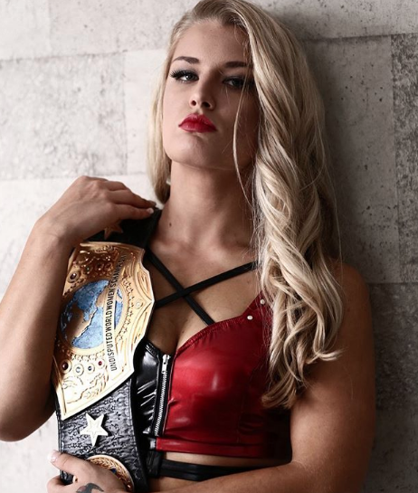 Photos : The Toni Storm Story.