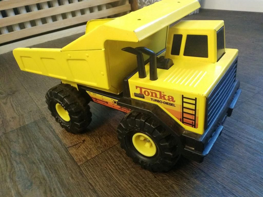 I Restored an Old Tonka Truck for My Son.