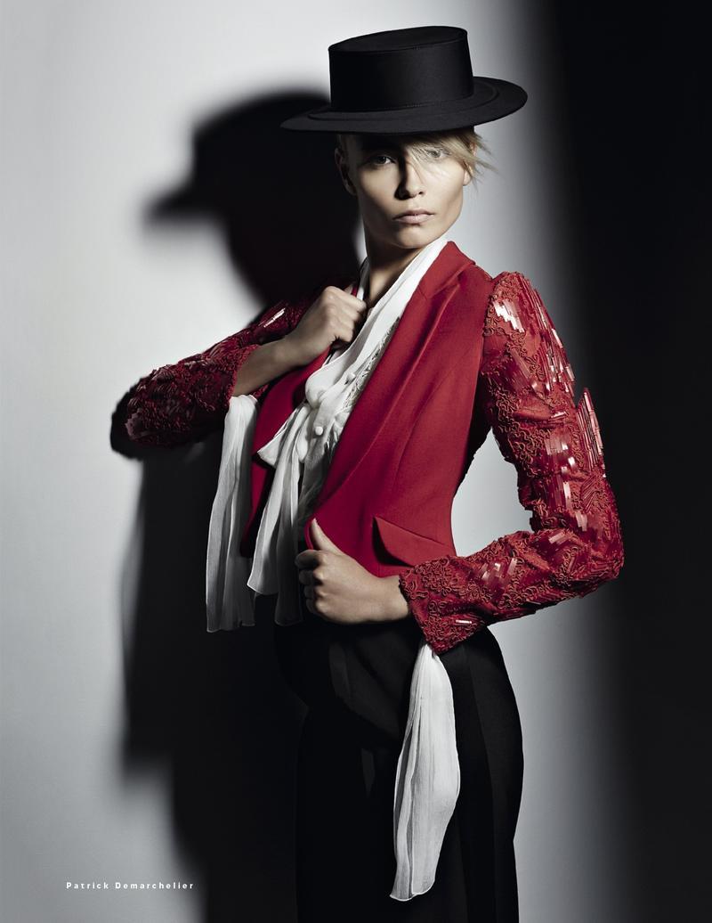 Vogue Russia : Carmen And Toreador.