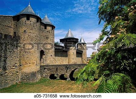 Pictures of Ch?teau Comtal (12th century), Carcassonne medieval.