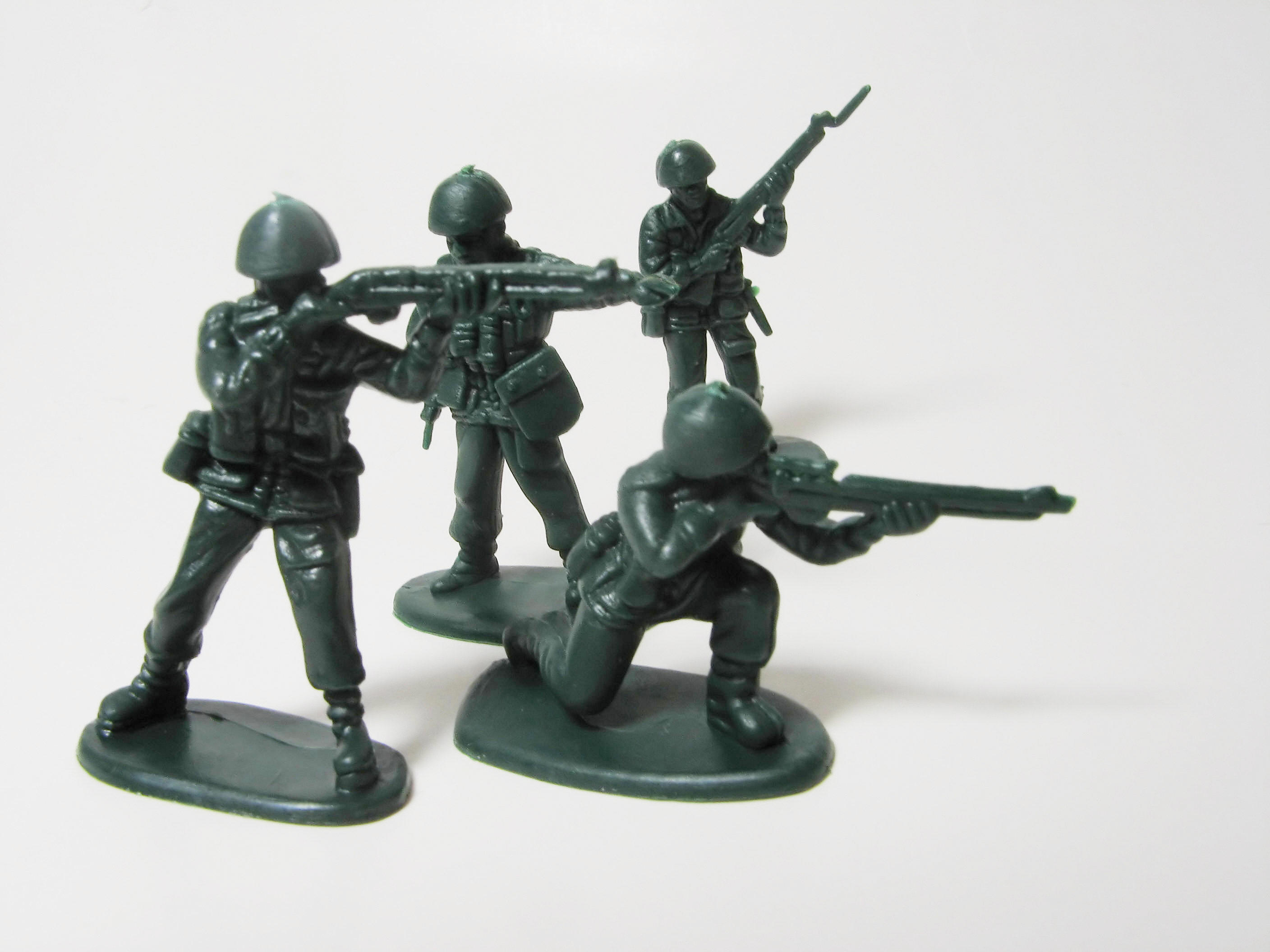 Play Toy Soldiers, around Real Soldiers\