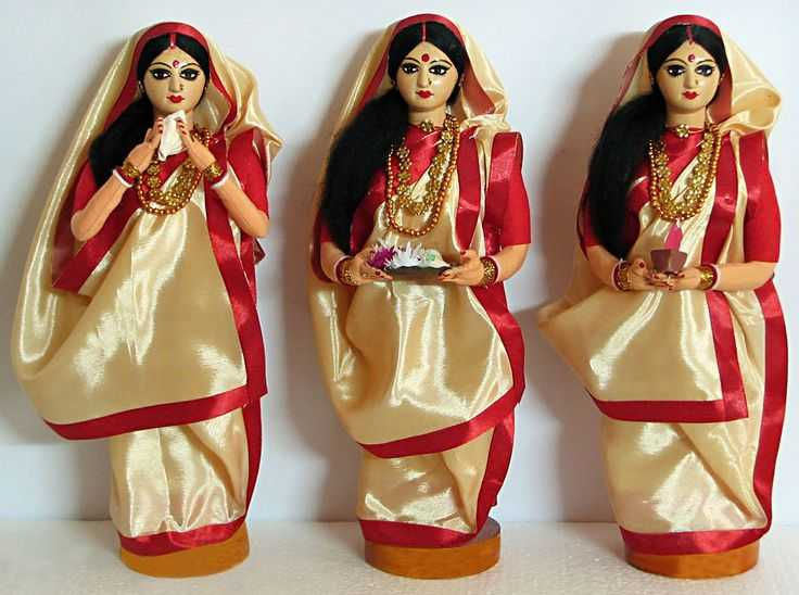 Traditional Dress of West Bengal.