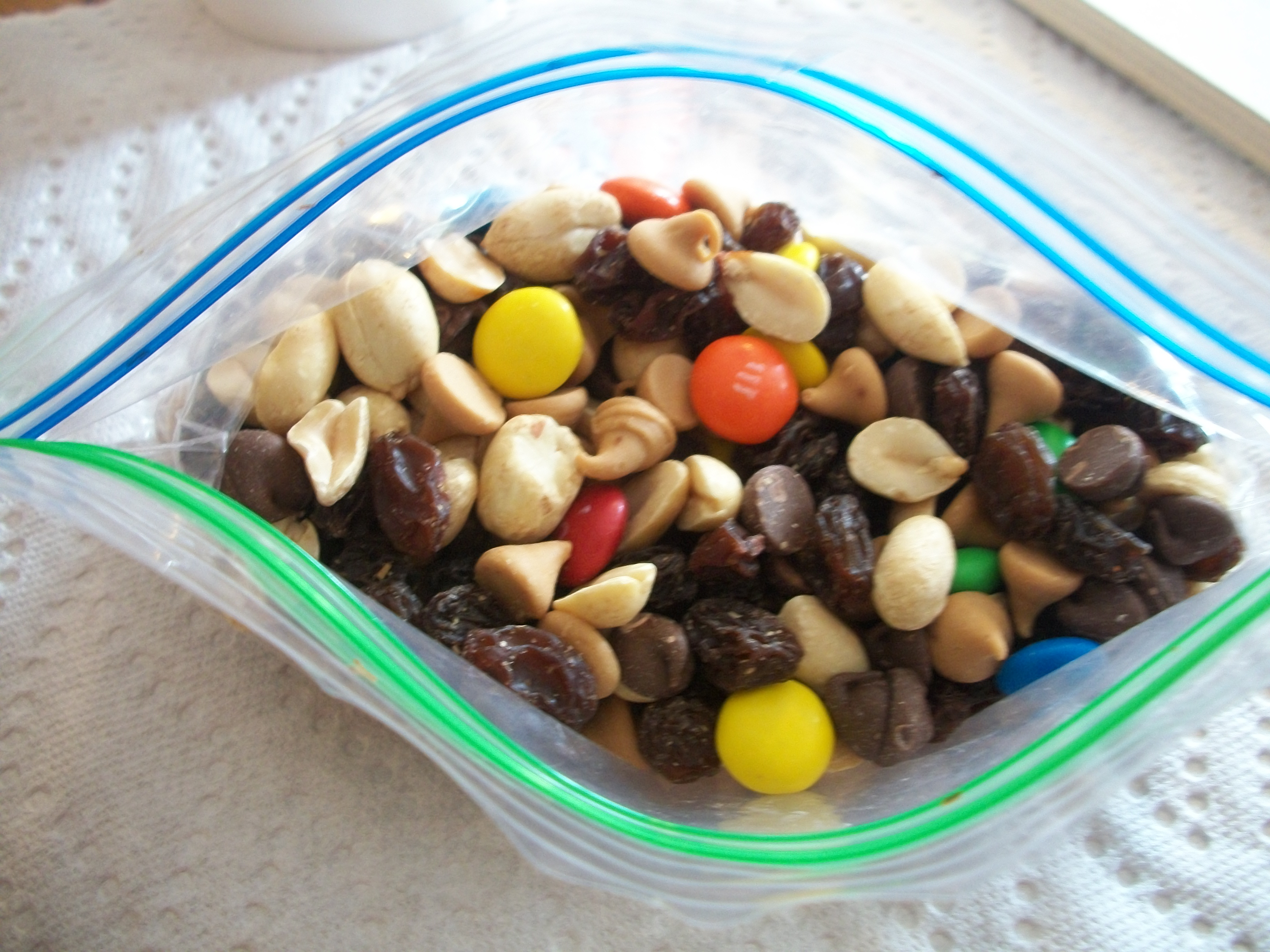 Trail mix clipart.