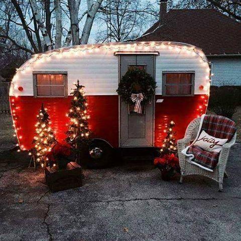 ⛄ #christmas #caravan #noel#santa#chrismastree.