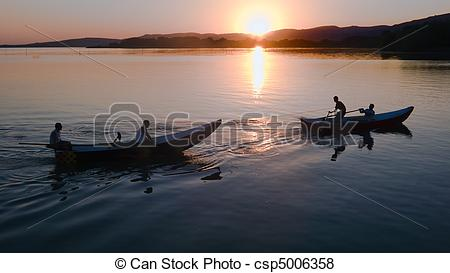 Pictures of Fishermen at Lake Trasimeno.