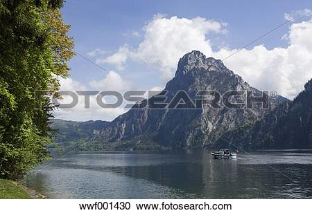 Stock Photography of Austria, Salzkammergut, Traunkirchen, View of.