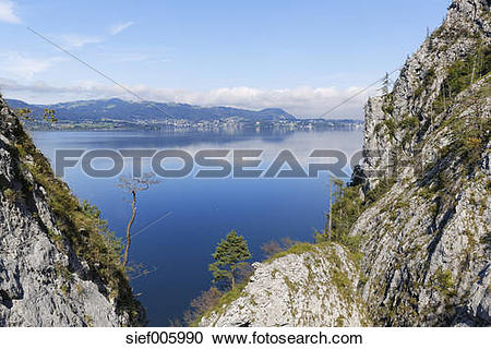Stock Photography of Austria, Upper Austria, Salzkammergut, Lake.