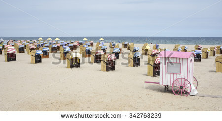 "hooded_beach_chair"" Stock Photos, Royalty."