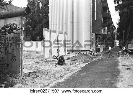 """Picture of """"Remains of the Berlin Wall, strip of the Berlin Wall."""
