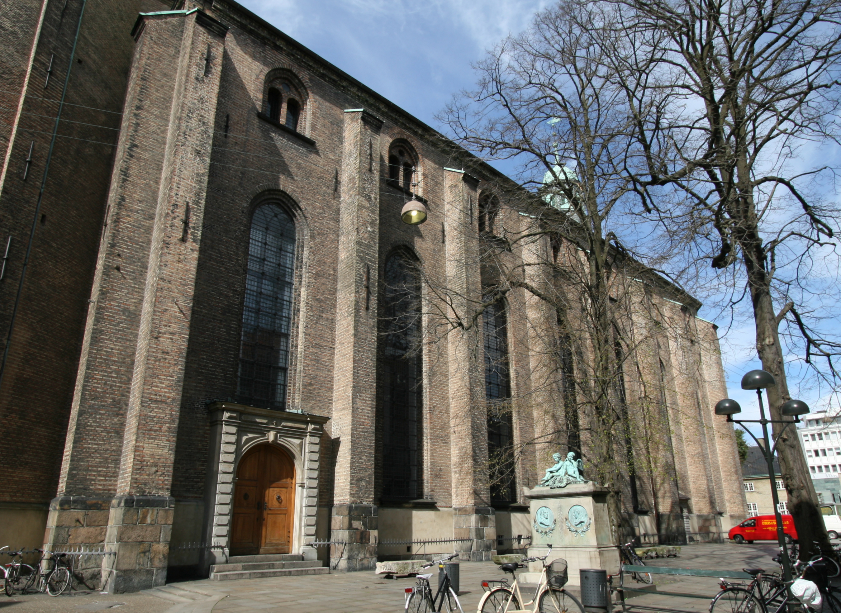 File:Trinitatis Kirke Copenhagen 3.jpg.