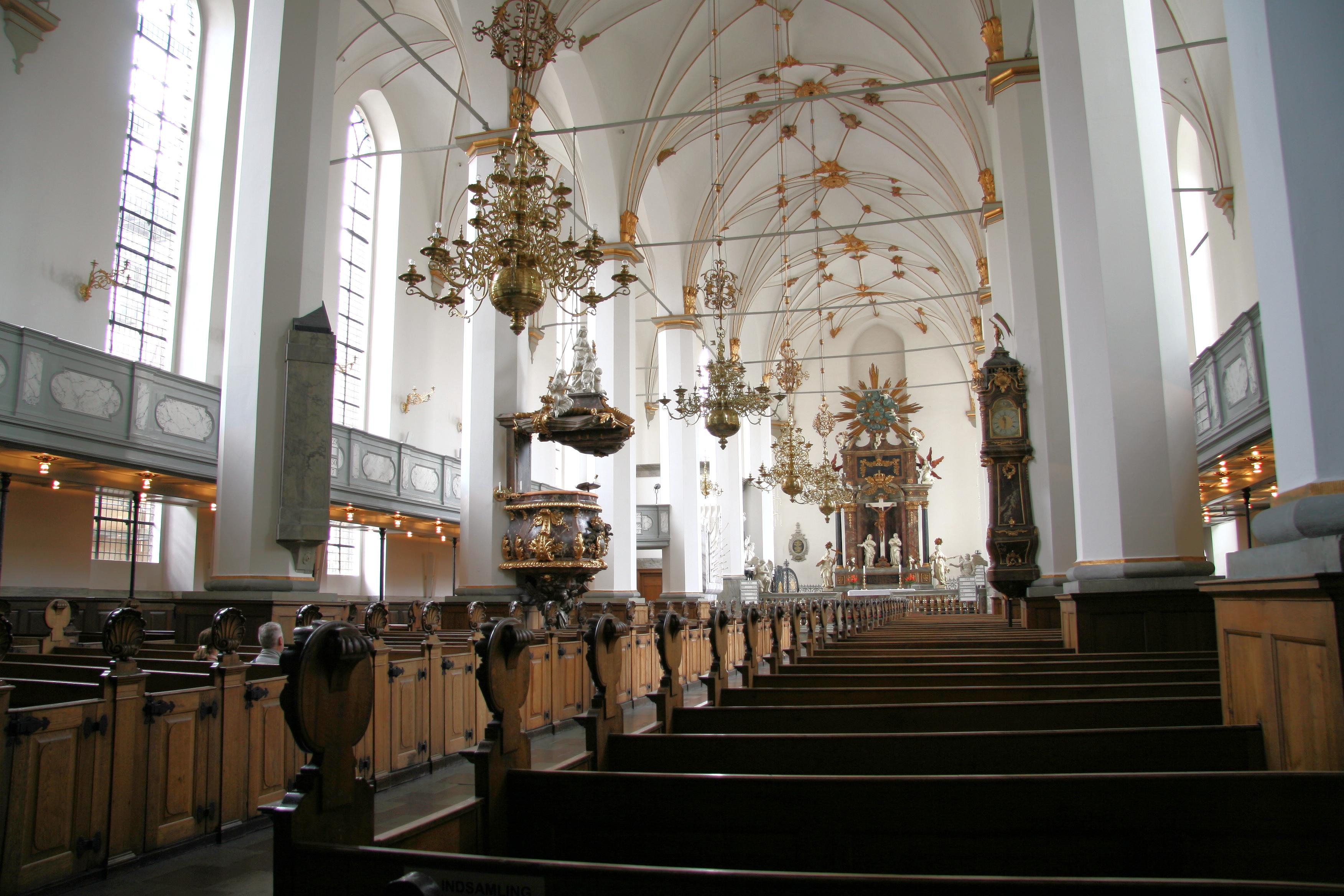 File:Trinitatis Kirke Copenhagen interior north side.jpg.