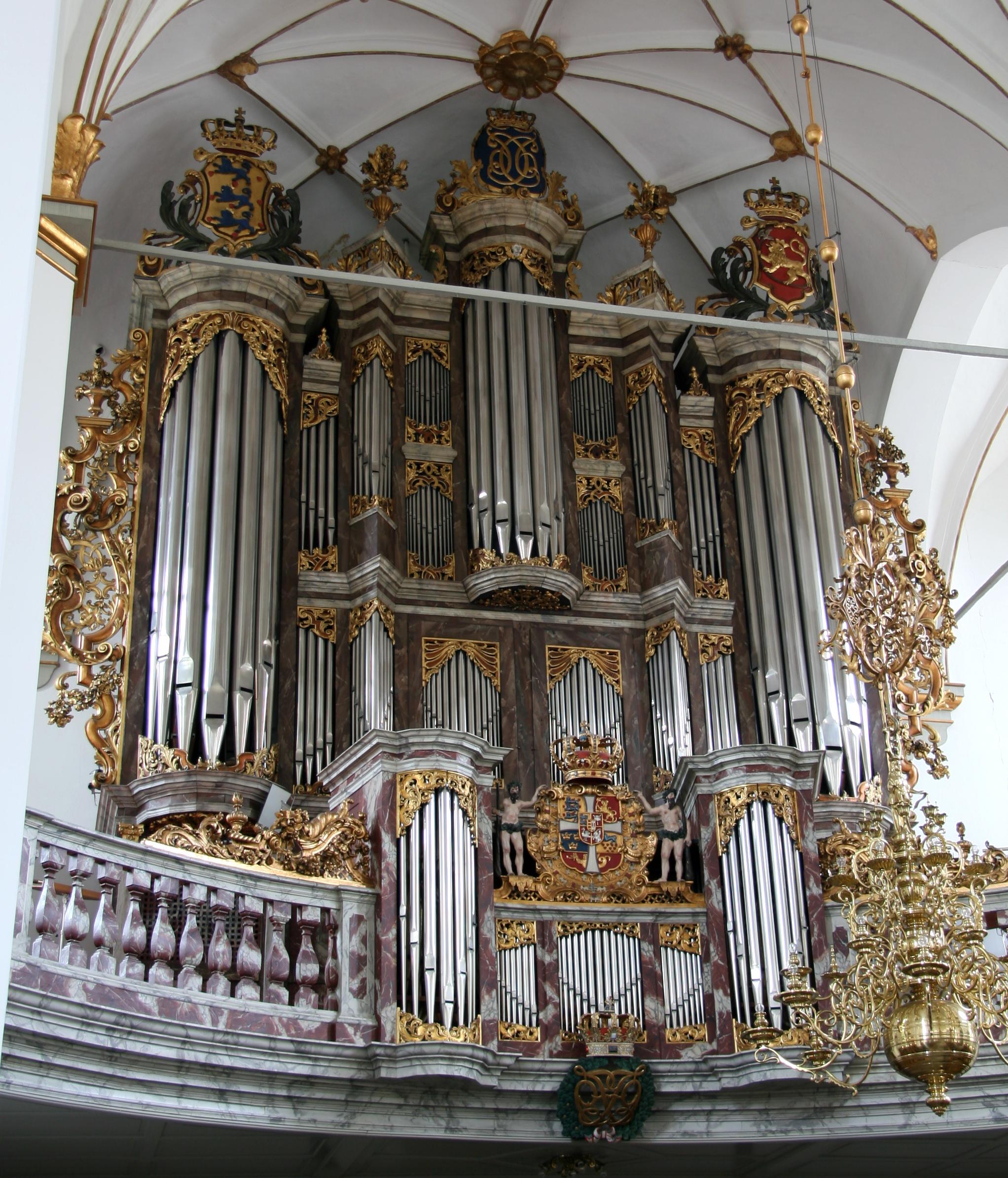 File:Trinitatis Kirke Copenhagen mainorgan.jpg.