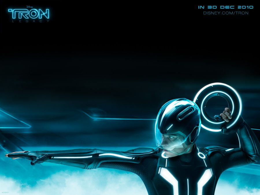 Free Wallpapers: TRON Throwing Light Disc.