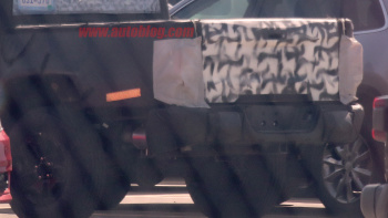 Spy photos: 2020 Jeep Wrangler pickup tailgate uncovered.