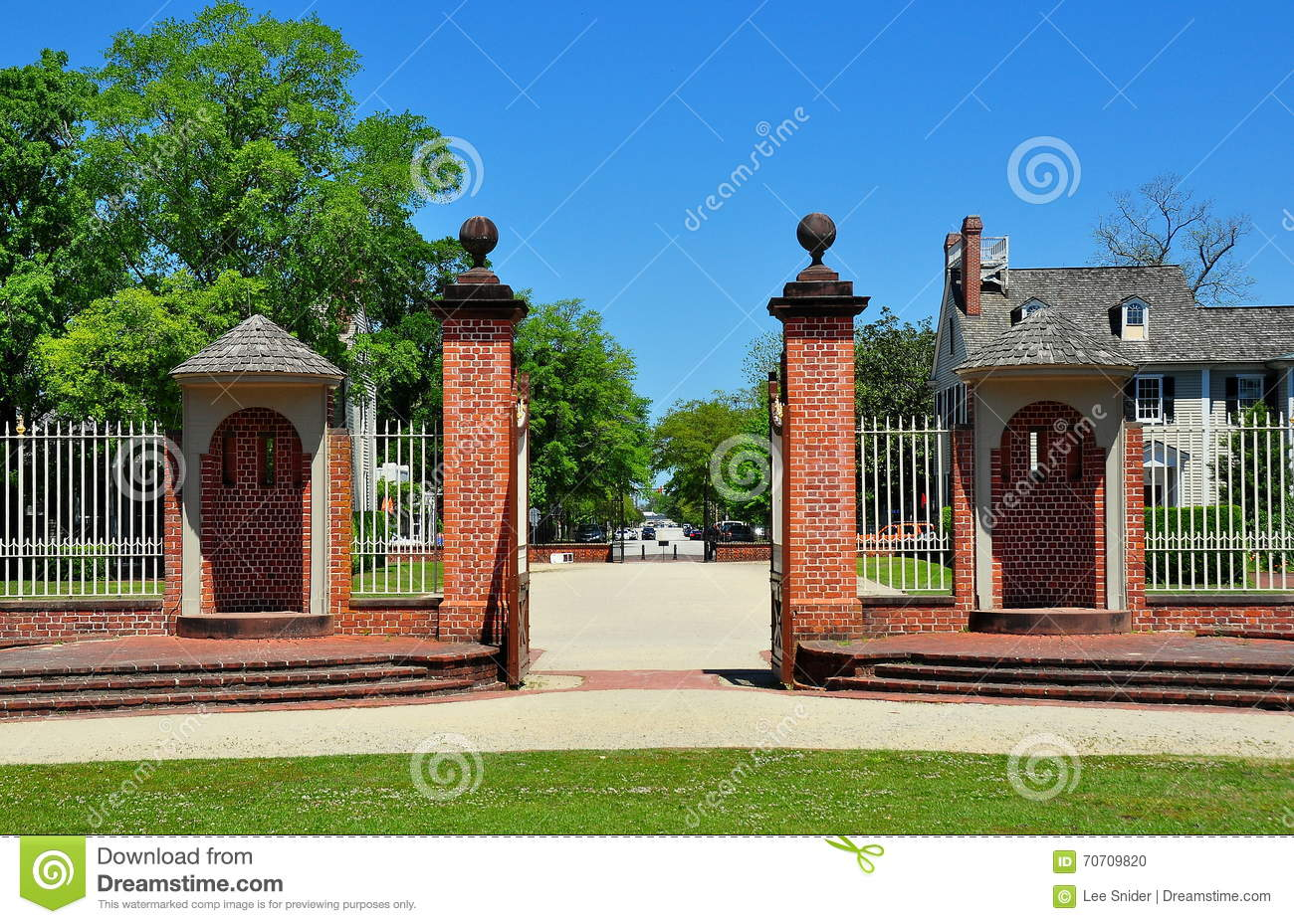 New Bern, NC: Tryon Palace Entry Gate Editorial Image.