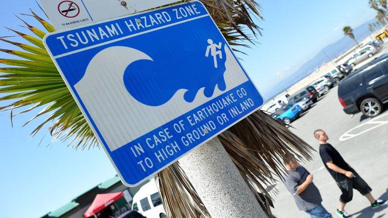 Tsunami watch canceled for Hawaii.